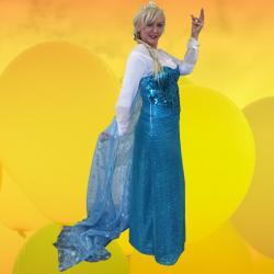 Mini Me Elsa Replica